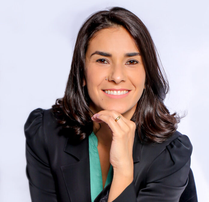 Alexandra Mendes é Master Coach de Relacionamentos & Carreira e Colunista do MZL10.com.br